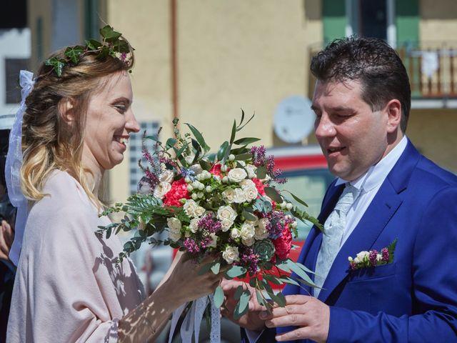 Il matrimonio di Yuri e Martina a Vermiglio, Trento 8