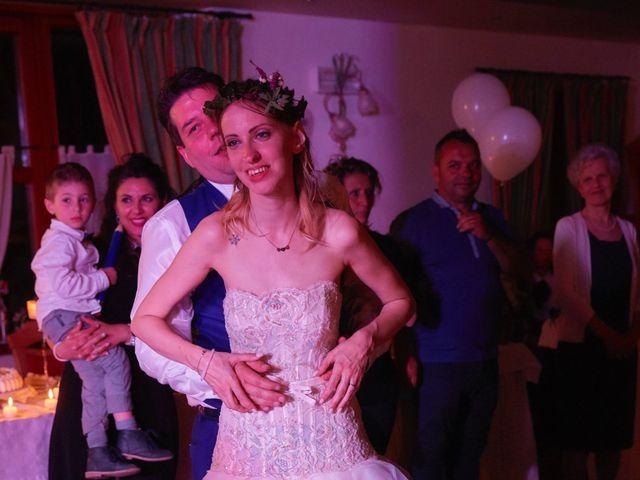 Il matrimonio di Yuri e Martina a Vermiglio, Trento 24