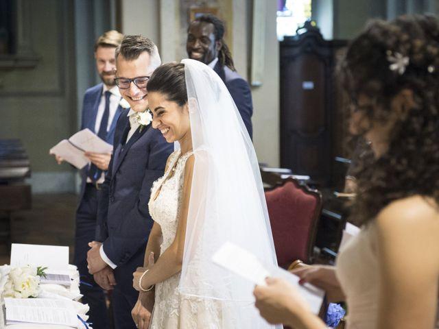 Il matrimonio di Andrea e Jennifer a Caronno Pertusella, Varese 22