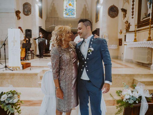 Il matrimonio di Vinicio e Ilaria a Tocco da Casauria, Pescara 28