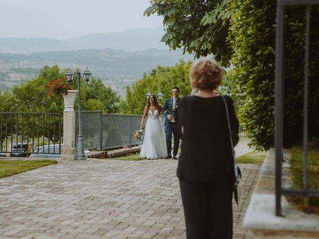 Il matrimonio di Vinicio e Ilaria a Tocco da Casauria, Pescara 44