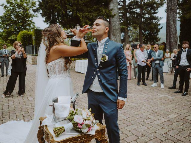 Il matrimonio di Vinicio e Ilaria a Tocco da Casauria, Pescara 46