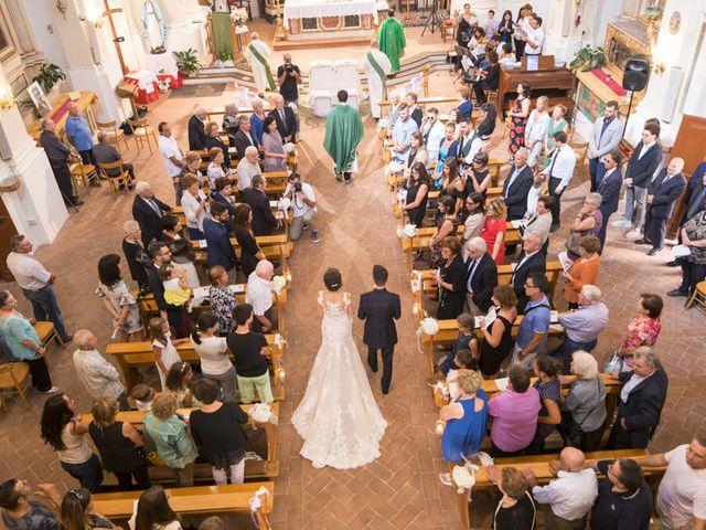 Il matrimonio di Francesco e Francesca a Belvedere Ostrense, Ancona 18