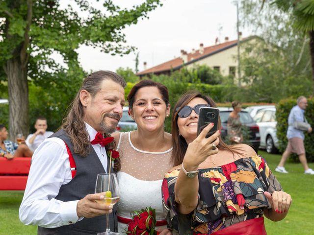 Il matrimonio di Walter e Silvia a Soave, Verona 11
