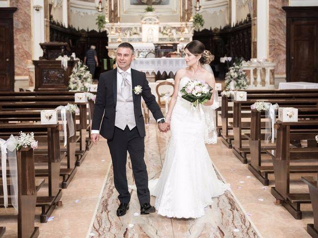 Il matrimonio di Pino Crispino e Daniela Matache a Brembate, Bergamo 49
