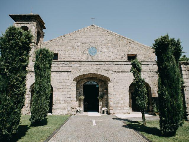Il matrimonio di Crescenzo e Mary a San Vitaliano, Napoli 26