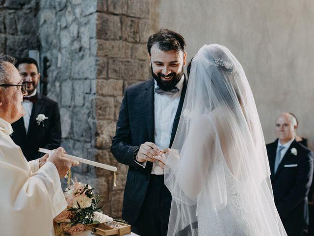 Il matrimonio di Crescenzo e Mary a San Vitaliano, Napoli 30