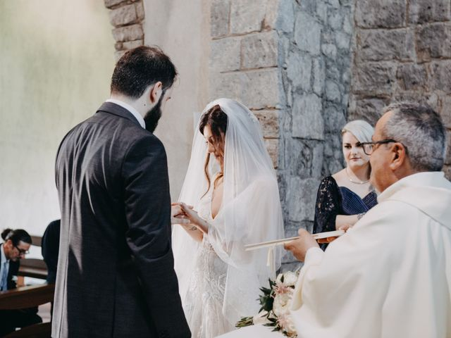 Il matrimonio di Crescenzo e Mary a San Vitaliano, Napoli 31