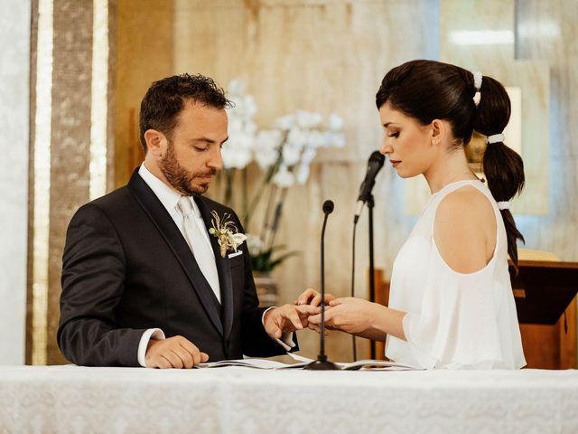 Il matrimonio di Alessandro e Elisabetta a Apricena, Foggia 17
