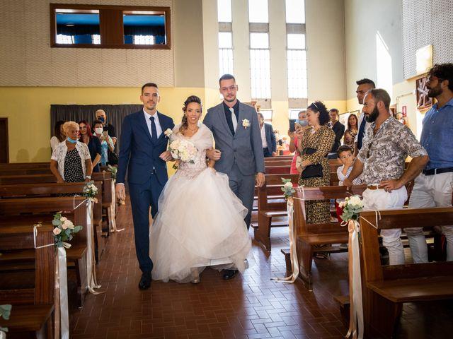 Il matrimonio di Lorenzo e Oriana a Comacchio, Ferrara 35