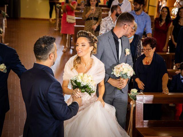 Il matrimonio di Lorenzo e Oriana a Comacchio, Ferrara 36