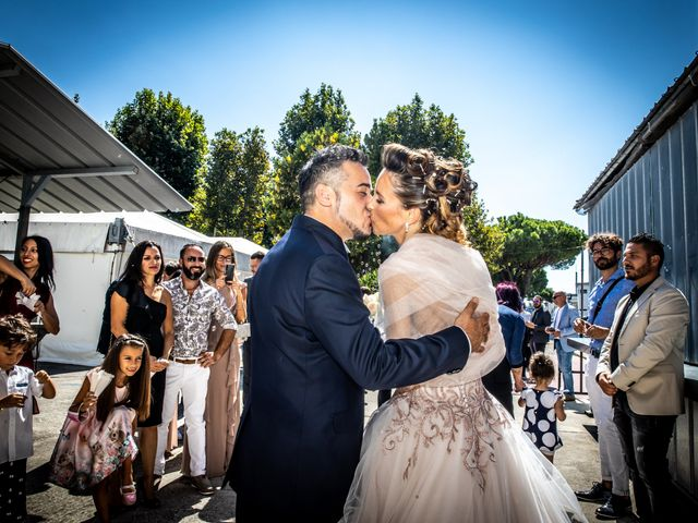 Il matrimonio di Lorenzo e Oriana a Comacchio, Ferrara 56