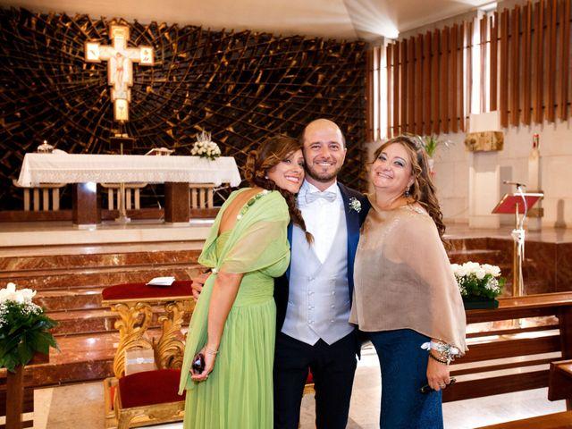 Il matrimonio di Roberto e Claudia a Bari, Bari 14