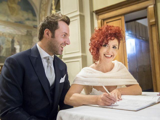 Il matrimonio di Omar e Barbara a Rovello Porro, Como 22