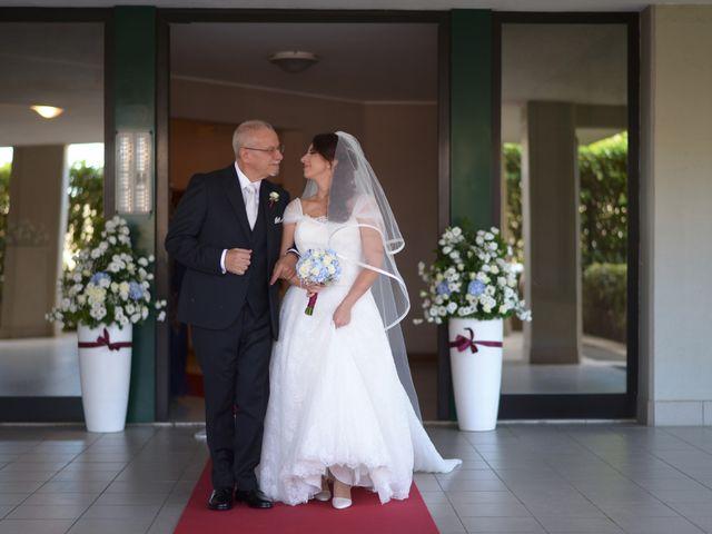 Il matrimonio di Vincenzo e Mariana a Bari, Bari 16
