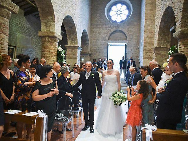 Il matrimonio di Luca e Silvia a Teramo, Teramo 17