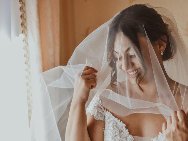Il matrimonio di Lucia e Antonio a Monte Sant'Angelo, Foggia 11