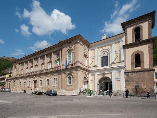 Il matrimonio di Francesco e Serena a Mercato San Severino, Salerno 10