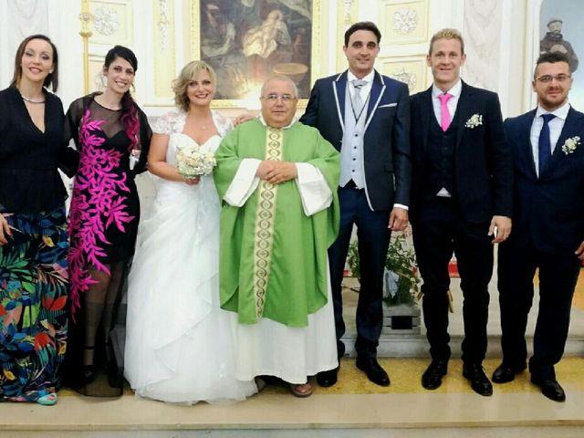 Il matrimonio di Alberto Di Maggio  e Giulia Malandra  a Casalincontrada, Chieti 1
