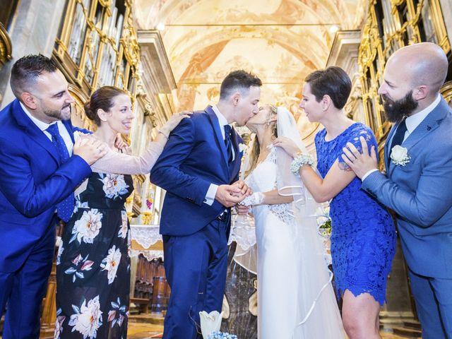 Il matrimonio di Roberto e Ilaria a Busto Arsizio, Varese 16