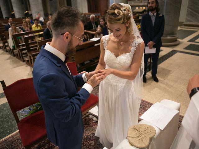 Il matrimonio di Luigi e Emilia a Carugate, Milano 14