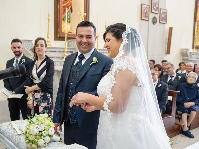 Il matrimonio di Cosimo e Donatella a Grottaminarda, Avellino 15