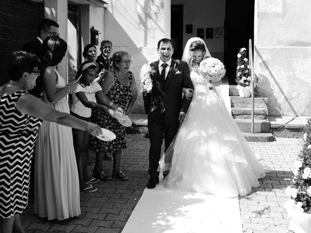 Il matrimonio di Arianna e Pietro a Torre del Greco, Napoli 10