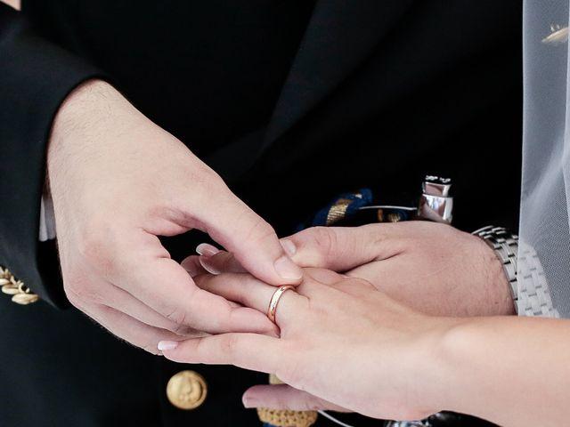 Il matrimonio di Arianna e Pietro a Torre del Greco, Napoli 19