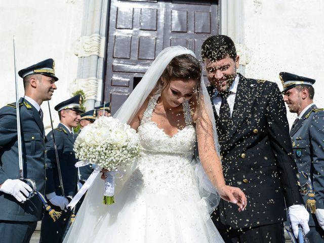Il matrimonio di Arianna e Pietro a Torre del Greco, Napoli 23