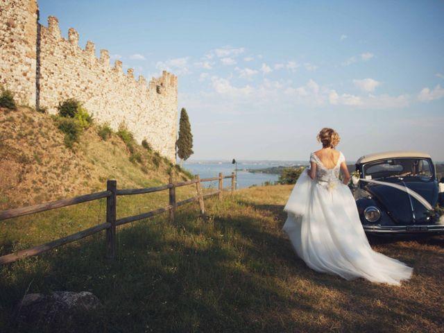 Il matrimonio di Emiliano e Anna a Padenghe sul Garda, Brescia 23