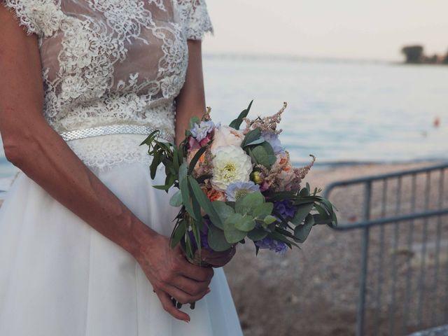 Il matrimonio di Emiliano e Anna a Padenghe sul Garda, Brescia 27