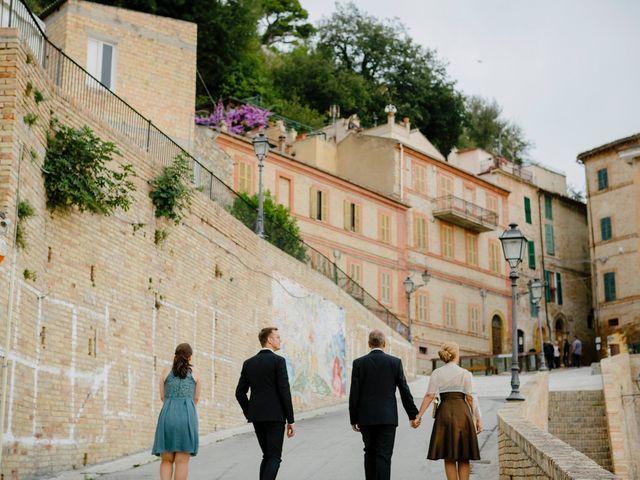 Il matrimonio di Lukas e Giulia a Grottammare, Ascoli Piceno 22