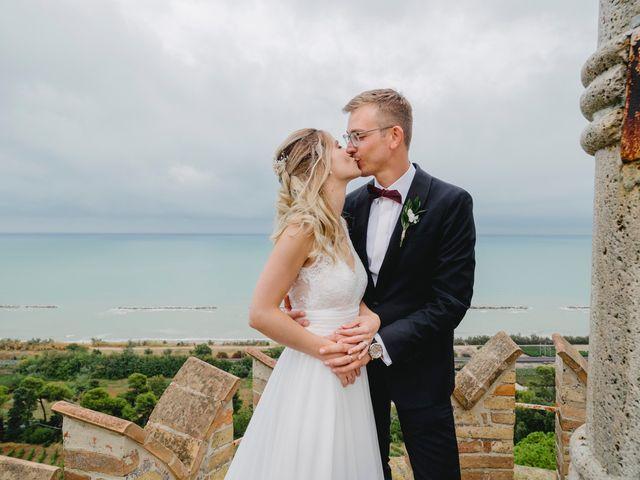 Il matrimonio di Lukas e Giulia a Grottammare, Ascoli Piceno 98