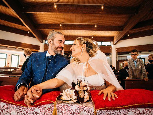 Il matrimonio di Alessio e Floriana a Comacchio, Ferrara 40