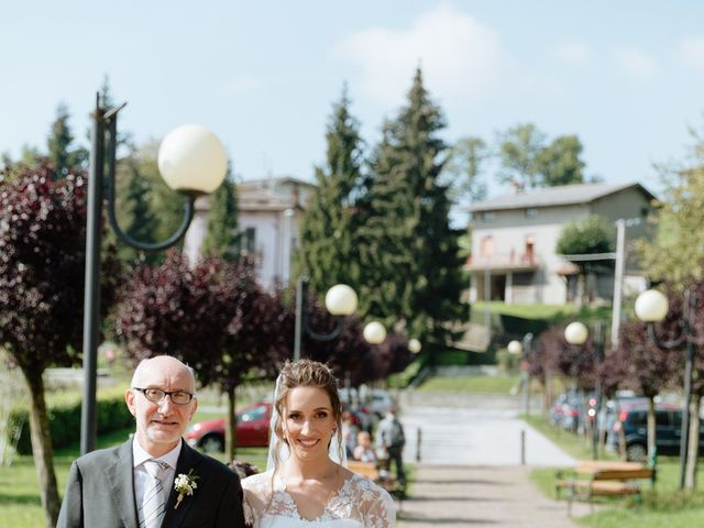 Il matrimonio di Alessandro e Elisabetta a Selvino, Bergamo 33