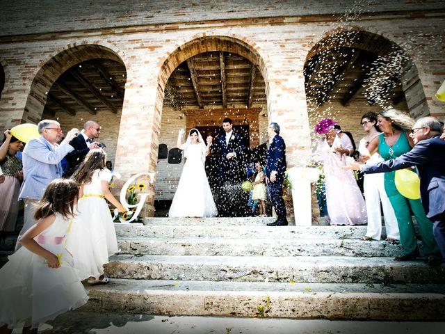 Il matrimonio di Giacomo e Laura a Fermo, Fermo 12