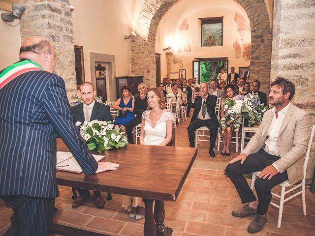 Il matrimonio di Tom e Sonia a Gubbio, Perugia 29