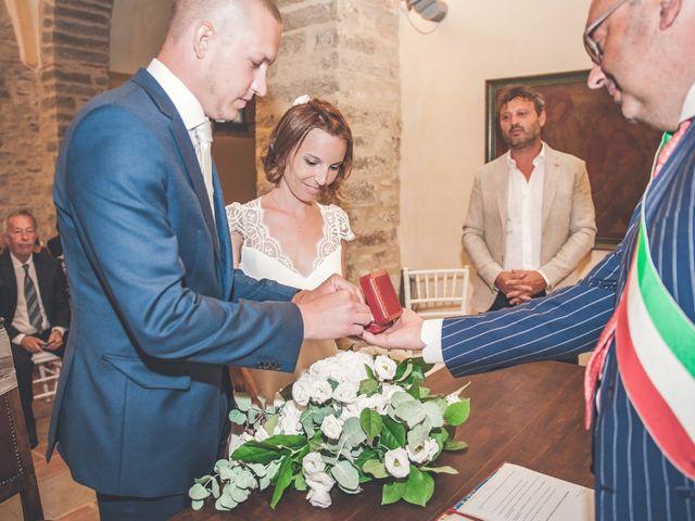 Il matrimonio di Tom e Sonia a Gubbio, Perugia 32