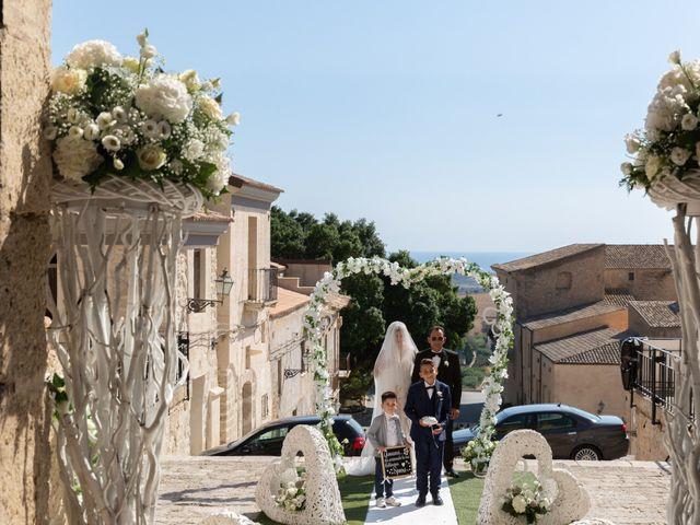 Il matrimonio di Giovanni e Jessica a Caltanissetta, Caltanissetta 18