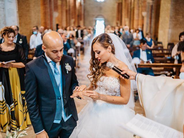 Il matrimonio di Cristina e Matteo a Montegranaro, Fermo 27