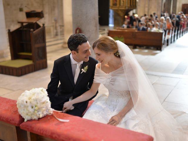 Il matrimonio di Lorenzo e Rosa a Mola di Bari, Bari 9