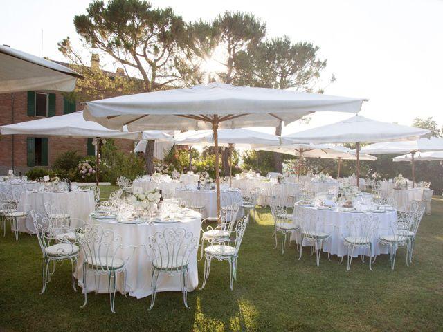 Il matrimonio di Christian e Donna a Poggio Berni, Rimini 11