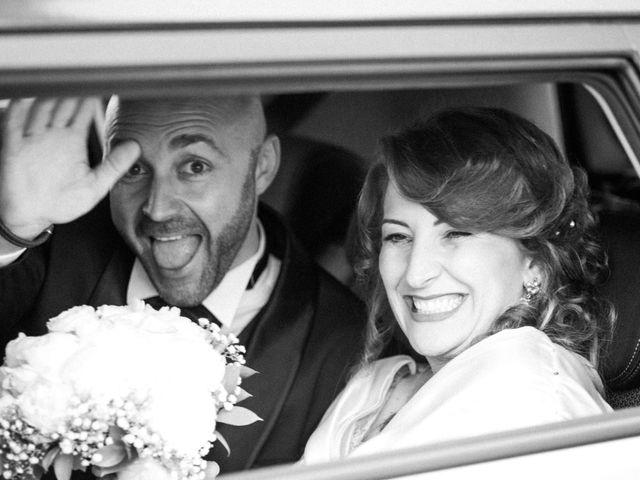 Il matrimonio di Catello e Amelia a Torre Annunziata, Napoli 25