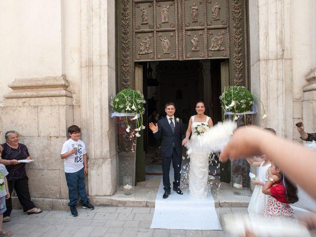 Il matrimonio di Oreste e Rosa Anna a Altavilla Irpina, Avellino 25