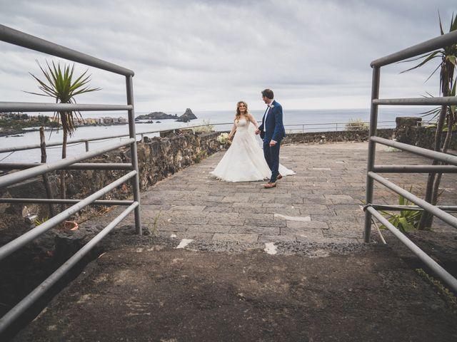 Il matrimonio di Manuel e Simona a Aci Castello, Catania 38