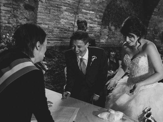 Il matrimonio di Riccardo e Laura a Buti, Pisa 26
