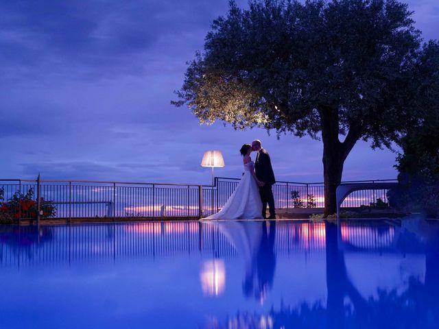 Il matrimonio di Adele e Vincenzo a Napoli, Napoli 101