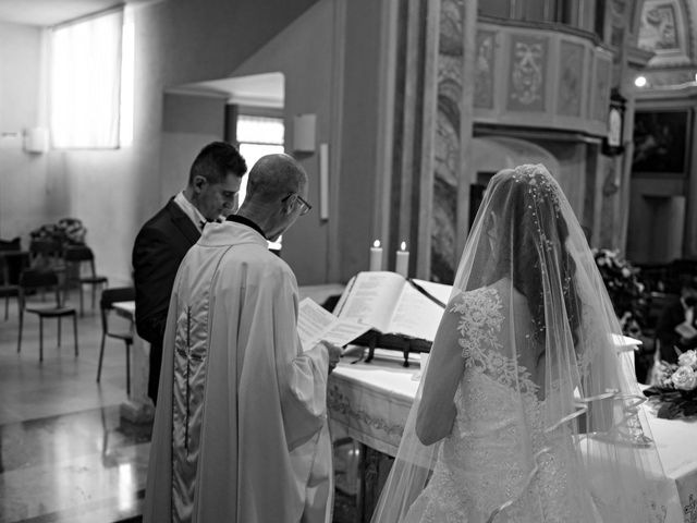 Il matrimonio di Marco e Stefania a Robbiate, Lecco 32
