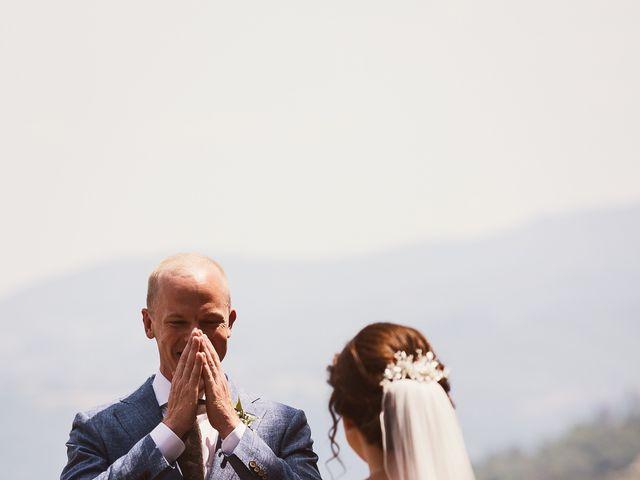 Il matrimonio di Elenor e Mathias a Incisa in Val d'Arno, Firenze 1