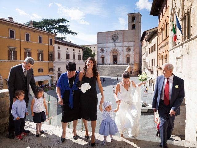 Il matrimonio di Andrea e Olga a Todi, Perugia 14